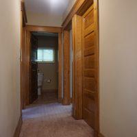 2111 Feldman Ave | 2nd floor hallway